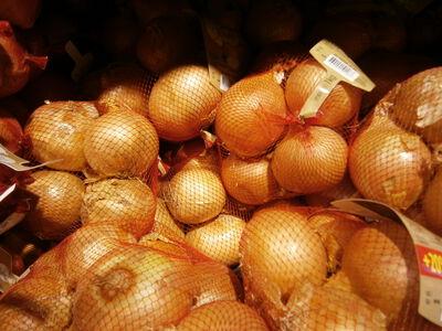 Oignons jaune, CULTURES DU SUD, France filet 1 kg