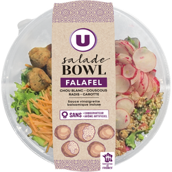 Buddha bowl falafels composé de légumes, salades verte et rouge, une préparation à base de pois chiche, fèves et coriandre, semoule de couscous réhydratée U, 310g