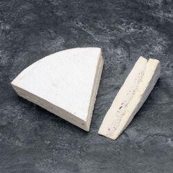 Quart de brie fermier truffe au lait cru 24%mg