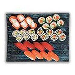 Love (4 Sushi saumon, 4 Sushi thon, 6 Salmon roll, 6 California thon-mayonnaise, 6 California saumon, 6 Cristal saumon) 955g SUSHIMARKET