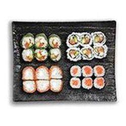 Market fusion (6 california saumon, 6 salmon roll, 6 cristal saumon, 6 maki saumon) 480g SUSHIMARKET