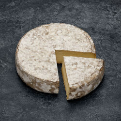 Tome des Bauges AOP, lait cru, 31%MG, CHABERT