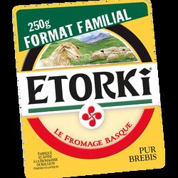 Fromage au lait pasteurisé de brebis ETORKI, 33% de MG, portion cave fraîcheur 250g, format familial
