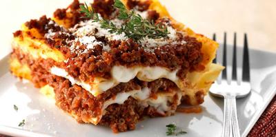Lasagne bolognaise avec ravier