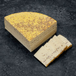 Fromage à raclette à la moutarde, 60 jours d'affinage, au lait pasteurisé, 27% Mat.Gr.