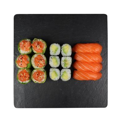 Donut saumon thon avocat,4 sushi saumon,3 california saumon