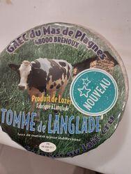 TOMME DE LANGLADE fermière de vache LOZERE