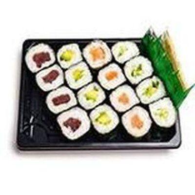 MAKI MIXTE 16 pièces: 4 maki thon, 4 maki saumon, 4 maki concombre, 4 maki avocat