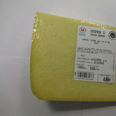 Cantal jeune AOC au lait pasteurisé , 45%MG,