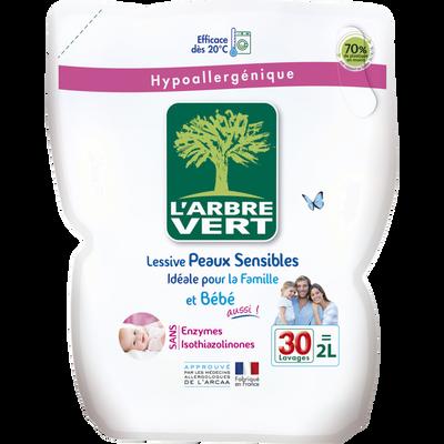 Lessive liquide peaux sensibles famille et bébé ARBRE VERT, recharge 2l soit  30 lavages