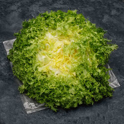Salade frisée, la pièce