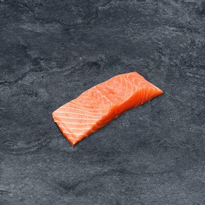 Pavé de saumon, salmo salar, élévé en norvège, 1 pièce