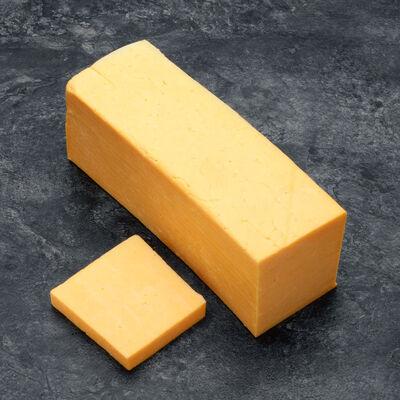 Cheddar mild orange, lait pasteurisé, 34,9%MG, MAC CAMBELL