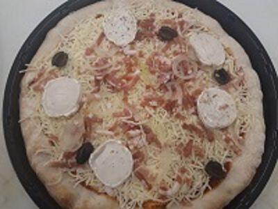 PIZZA CHEVRE LARDONS