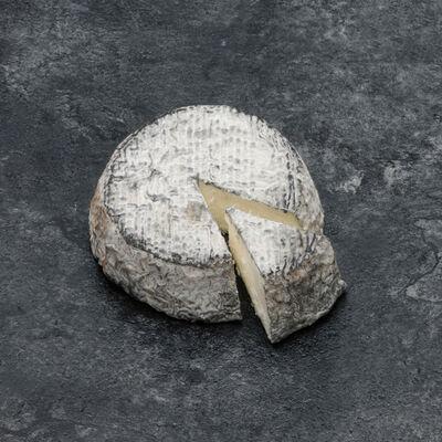 Fromage fermier selles sur cher au lait cru de chèvre AOP 25% mat.GrAppellation d Origine Protegee  25% matière grasse HARDY AFFINEUR 150g