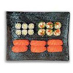 Market classique (6 sushi saumon, 6 cristal saumon, 6 maki concombre) 350g SUSHIMARKET