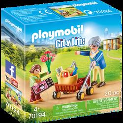 Playmobil City Life - Petite fille et grand mère - 70194 - Dès 4 ans