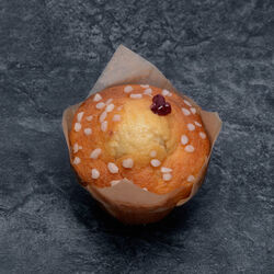 Muffin aromatisé au citron fourré framboise, décongelé, 1 pièce, 110g