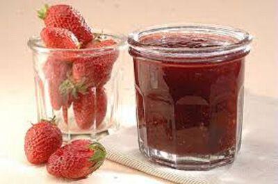 Préparation de fruits 60% fraise Les Confituriers du Vieux Chérier 350g