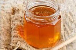 Miel récolté et mis en pot par l'apicultueur Alain Marchaud, 500gr