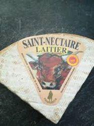 ST NECTAIRE LAITIER 4€ PRIX ROND CHARRADE