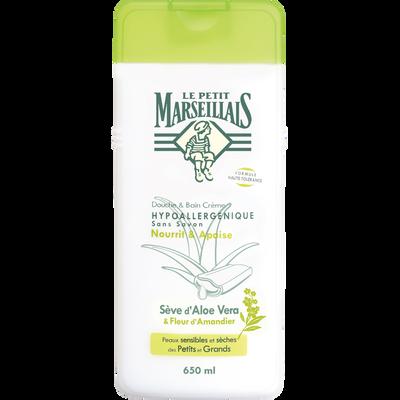 Gel douche et bain hypoallergénique sans savon à la sève d'aloé vera et fleur d'amandier LE PETIT MARSEILLAIS, flacon de 650ml