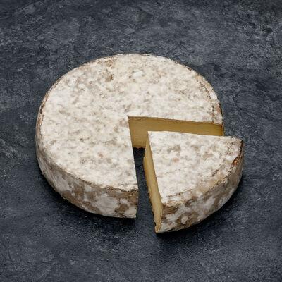 Tome des Bauges AOP au lait cru entier de vache 30%mg FE