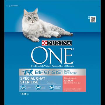Purina One Croquettes Pour Chat Adulte Stérilisé Saumon Céréales Complètes Purinaone, 1,5kg