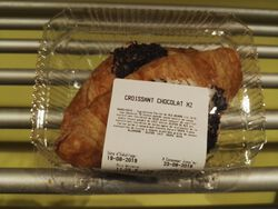 2 CROISSANTS CHOCOLAT