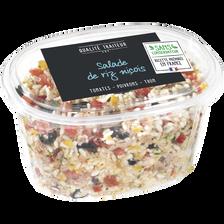 Salade de riz cuit aux légumes et au thon