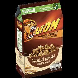 Céréales crunchy muesli caramel & chocolat LION, paquet de 420g