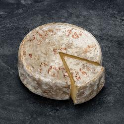 """Tomme de Savoie """"Saint Ours""""IGP au lait cru, 29%MG,"""