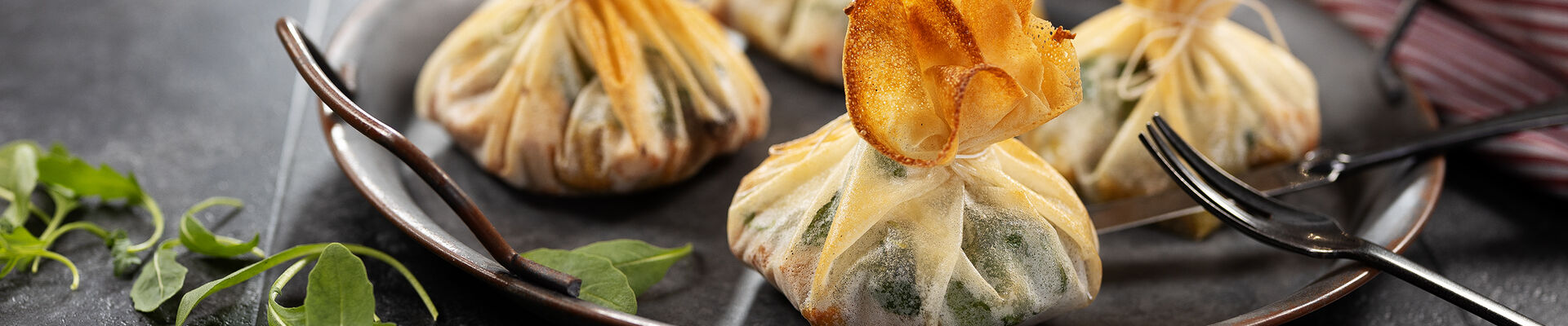 Bouchées croustillantes de foie gras au pain d'épice