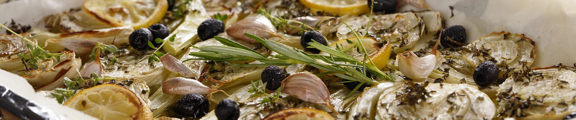 Fenouils rôtis aux olives et romarin
