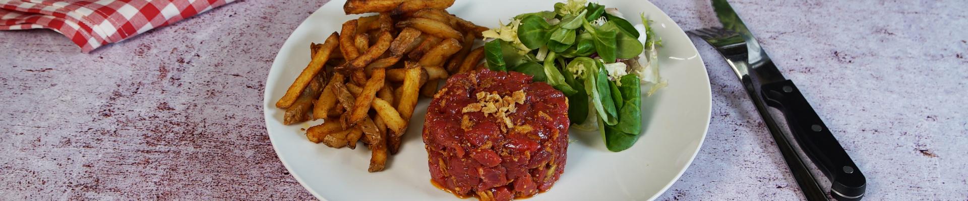 Tartare de bœuf Charolais Label Rouge, moutarde à l'ancienne de Bourgogne