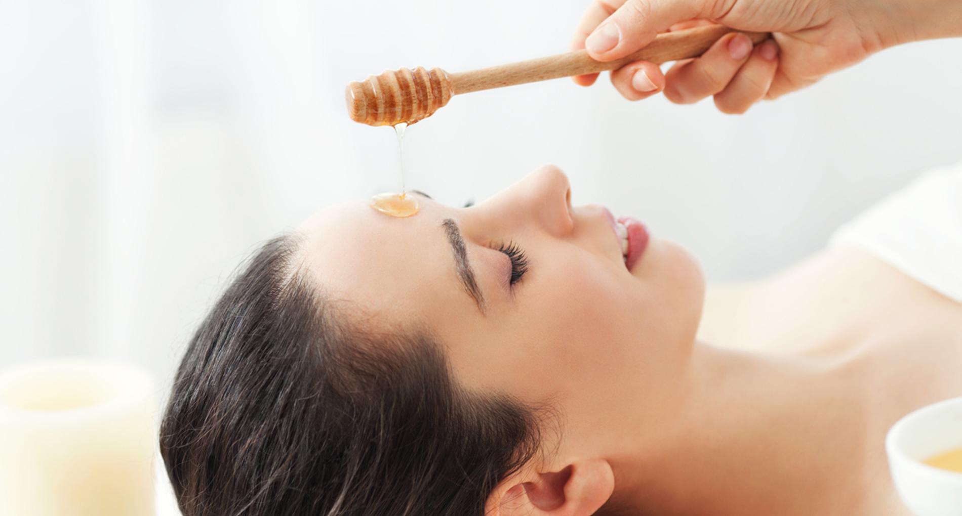 Le miel pour le visage
